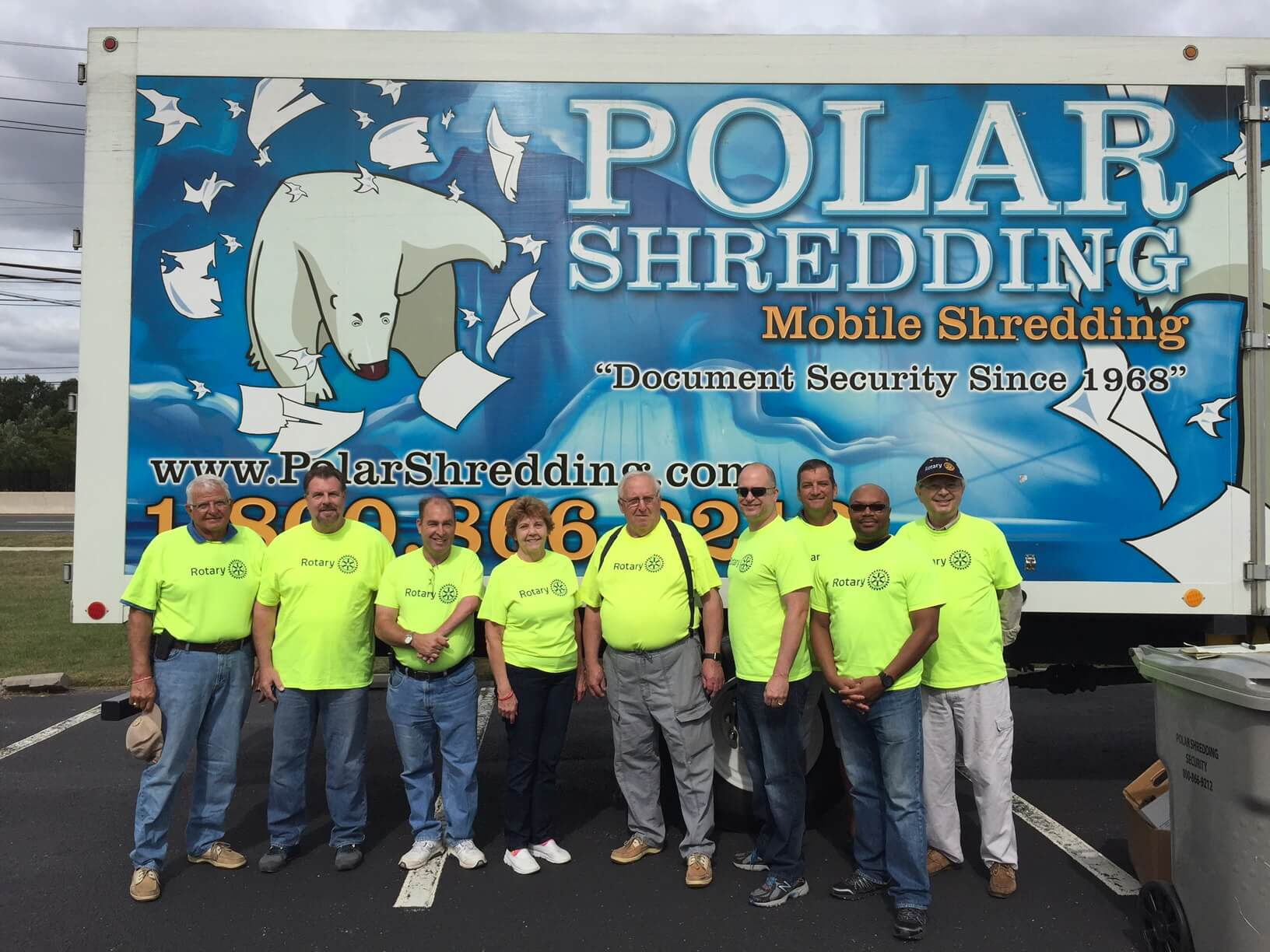 Rotary club using Polar Shredding at a community shred event